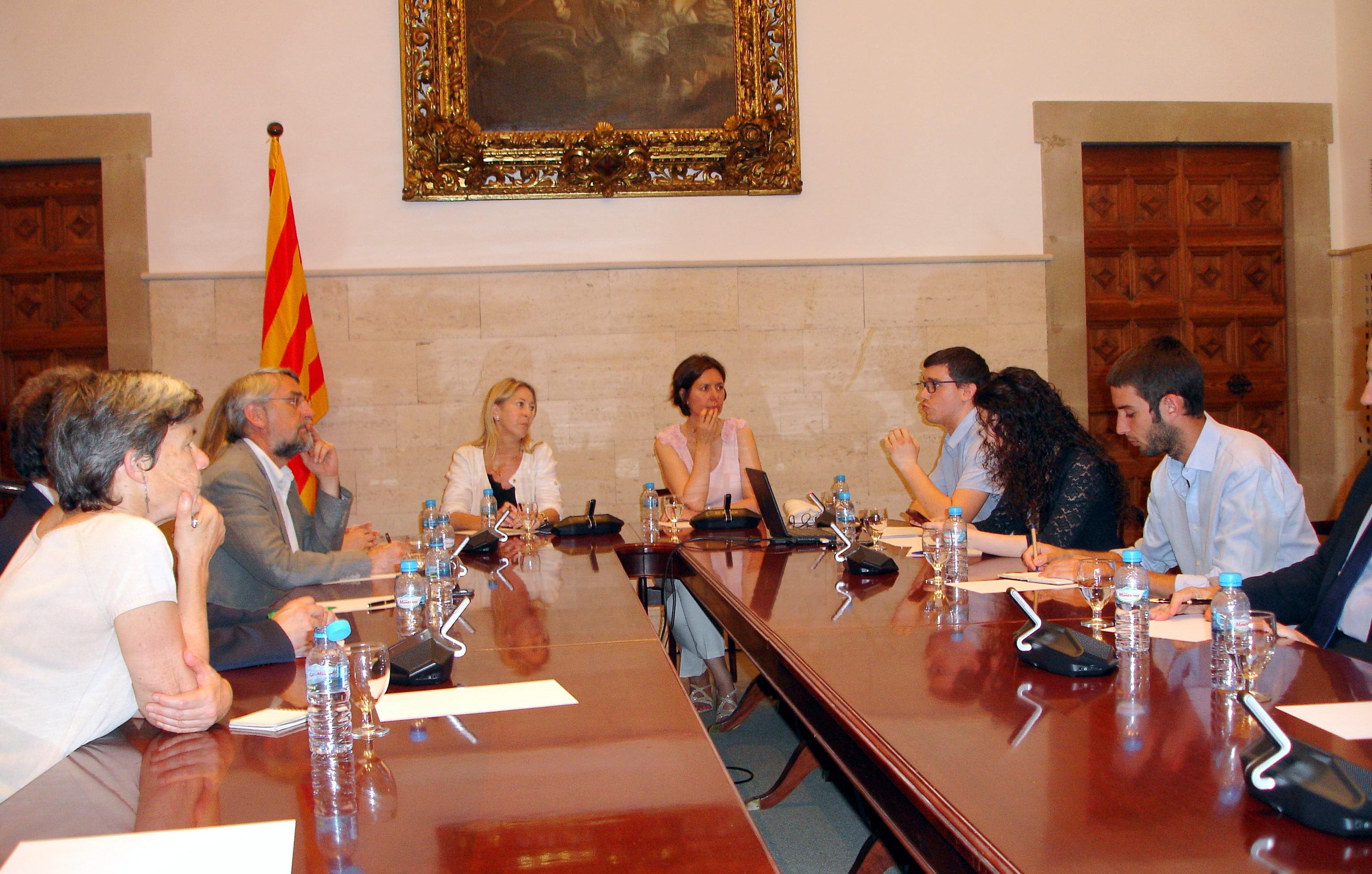 Reunió de treball amb la consellera de la Presidència, Neus Munté